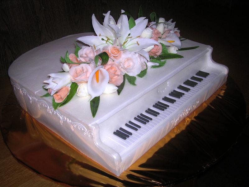 торт в виде рояля фото хотят